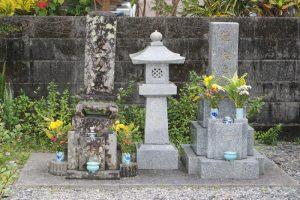 愛加那の墓