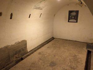旧海軍司令部壕
